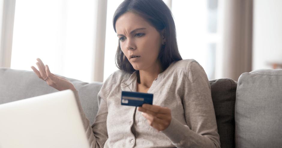 体験談】海外で長期滞在中にクレジットカードが使えなくなった!原因と ...