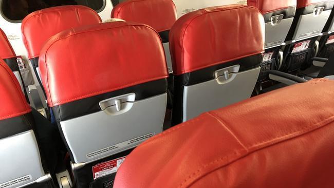 エアアジアの座席シート