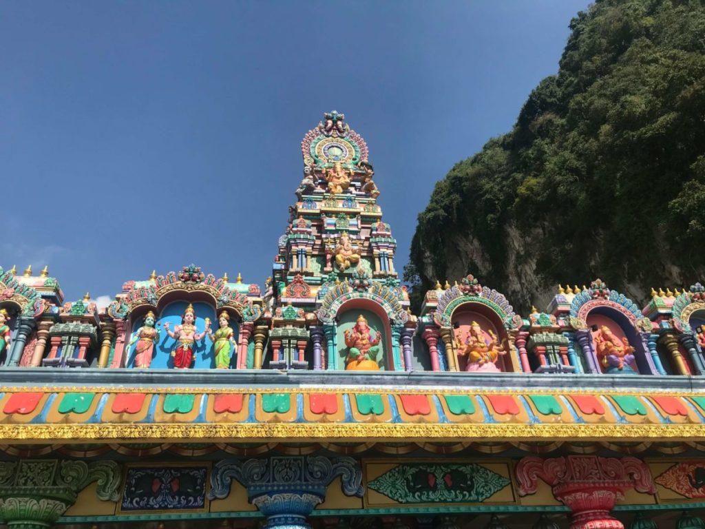 バトゥ洞窟の礼拝所の外観