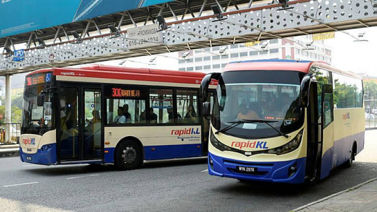 クアラルンプール市内を走る路線バス「KL Rapid」の外観